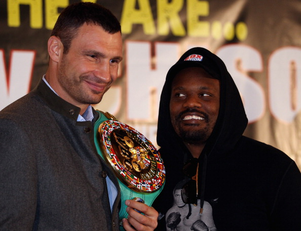 LONDON, ENGLAND - JANUARY 09:  (L-R) Vitali Klitschko of the Ukraine and Dereck Chisora of England during a press conference at The Landmark Hotel on January 9, 2012 in London, England.  (Photo by Andrew Redington/Getty Images)