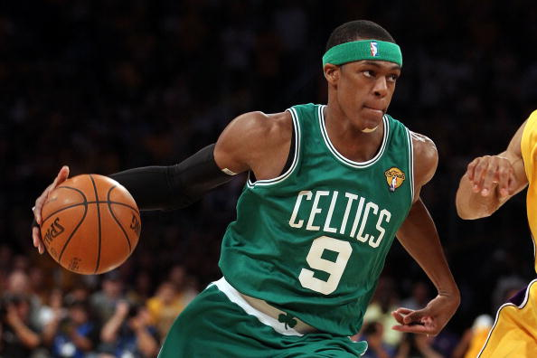 LOS ANGELES, CA - JUNE 17:  Rajon Rondo #9 of the Boston Celtics moves the ball while taking on the Los Angeles Lakers in Game Seven of the 2010 NBA Finals at Staples Center on June 17, 2010 in Los Angeles, California.  NOTE TO USER: User expressly acknowledges and agrees that, by downloading and/or using this Photograph, user is consenting to the terms and conditions of the Getty Images License Agreement.  (Photo by Christian Petersen/Getty Images)