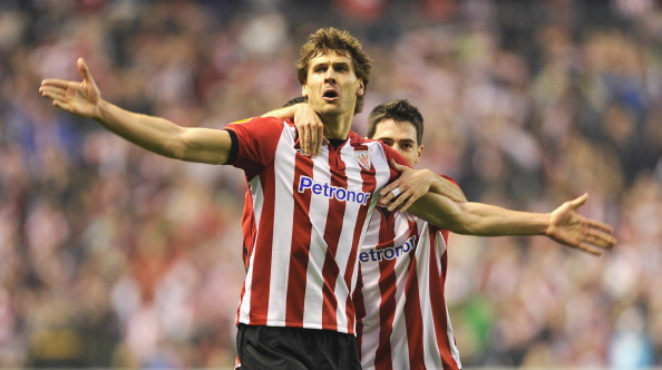 BILBAO, SPAIN - MARCH 15:  Fernando Llorente of Bilbao celebrates scoring to make it 1-0 during the UEFA Europa League Round of 16 second leg match between Manchester United and Athletic Bilbao at San Mames Stadium on March 15, 2012 in Bilbao, Spain.  (Photo by Michael Regan/Getty Images)