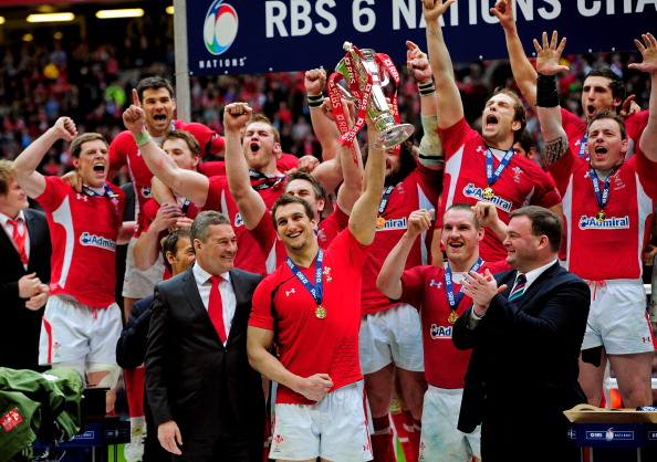 CARDIFF, WALES - MARCH 17:  Wales captain Sam Warburton lifts the Six Nations trophy after his team win the match and the Grand Slam during the RBS Six Nations Championship match between Wales and France at the Millennium Stadium on March 17, 2012 in Cardiff, Wales.  (Photo by Stu Forster/Getty Images)