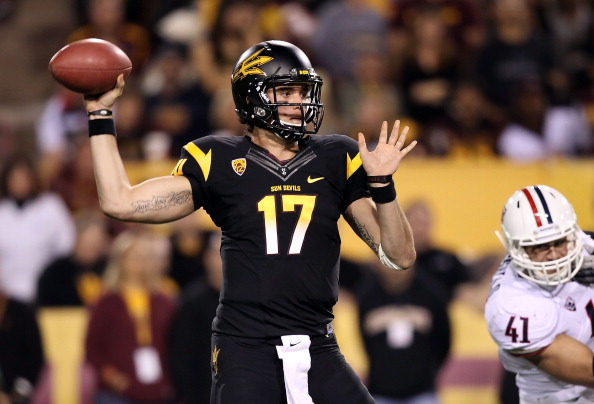 TEMPE, AZ - NOVEMBER 19:  Quarterback Brock Osweiler #17 of the Arizona State Sun Devils throws a pass during the college football game against the Arizona Wildcats at Sun Devil Stadium on November 19, 2011 in Tempe, Arizona.  (Photo by Christian Petersen/Getty Images)