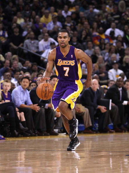 OAKLAND, CA - MARCH 27:  Ramon Sessions #7 of the Los Angeles Lakers in action against the Golden State Warriors at Oracle Arena on March 27, 2012 in Oakland, California. NOTE TO USER: User expressly acknowledges and agrees that, by downloading and or using this photograph, User is consenting to the terms and conditions of the Getty Images License Agreement.  (Photo by Ezra Shaw/Getty Images)
