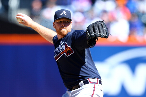 NEW YORK, NY - APRIL 05:  Tommy Hanson #48 of the Atlanta Braves throws a pitch in the first inning against the New York Mets during their Opening Day Game at Citi Field on April 5, 2012 in New York City.  (Photo by Chris Chambers/Getty Images)