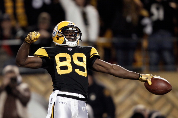 PITTSBURGH, PA - DECEMBER 08:  Jerricho Cotchery #89 of the Pittsburgh Steelers celebrates after he caught an 11-yard touchdown reception in the first quarter against the Cleveland Browns at Heinz Field on December 8, 2011 in Pittsburgh, Pennsylvania.  (Photo by Jared Wickerham/Getty Images)