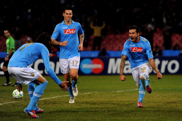 NAPLES, ITALY - FEBRUARY 21:  Ezequiel Lavezzi of Napoli celebrates with teammate Edinson Cavani #7 after scoring his team's third goal during the UEFA Champions League round of 16 first leg match between SSC Napoli and Chelsea FC at Stadio San Paolo on February 21, 2012 in Naples, Italy.  (Photo by Mike Hewitt/Getty Images)