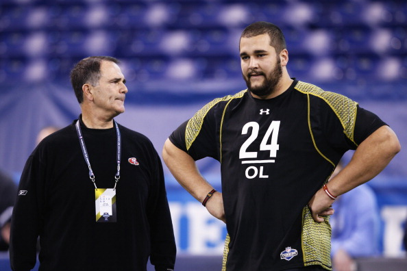 INDIANAPOLIS, IN - FEBRUARY 25: Offensive lineman Matt Kalil of USC talks with San Francisco 49ers offensive line coach Mike Solari during the 2012 NFL Combine at Lucas Oil Stadium on February 25, 2012 in Indianapolis, Indiana. (Photo by Joe Robbins/Getty Images)