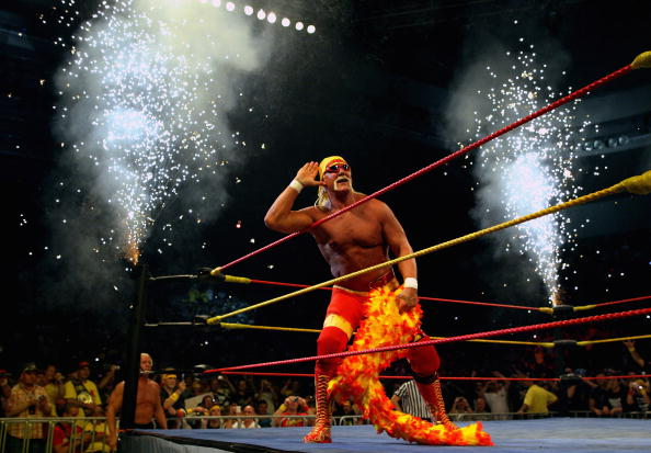 MELBOURNE, AUSTRALIA - NOVEMBER 21:  Hulk Hogan works the crowd during Hulk Hogan's Hulkamania Tour at Rod Laver Arena on November 21, 2009 in Melbourne, Australia.  (Photo by Mark Dadswell/Getty Images)