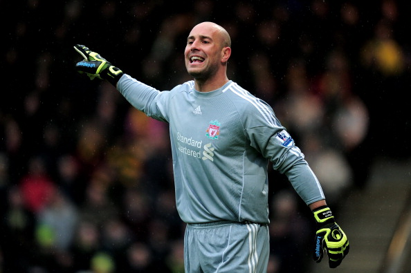 NORWICH, ENGLAND - APRIL 28:  Goalkeeper Jose Reina of Liverpool directs his defence during the Barclays Premier League match between Norwich City and Liverpool at Carrow Road on April 28, 2012 in Norwich, England.  (Photo by Jamie McDonald/Getty Images)