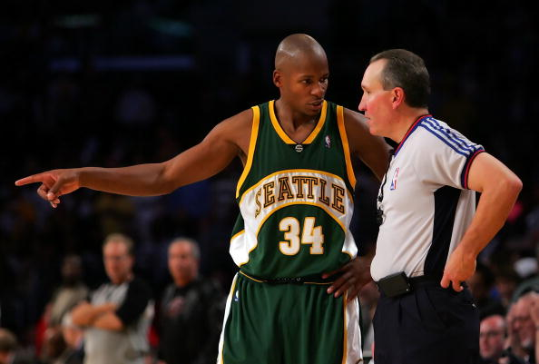 LOS ANGELES, CA - NOVEMBER 03:  Ray Allen #34 of the Seattle SuperSonics talks with referee Joe DeRosa in the fourth quarter against the Los Angeles Lakers on November 3, 2006 at Staples Center in Los Angeles, California. The Lakers defeated the Sonics 118-112. NOTE TO USER: User expressly acknowledges and agrees that, by downloading and/or using this Photograph, user is consenting to the terms and conditions of the Getty Images License Agreement.  (Photo by Lisa Blumenfeld/Getty Images)