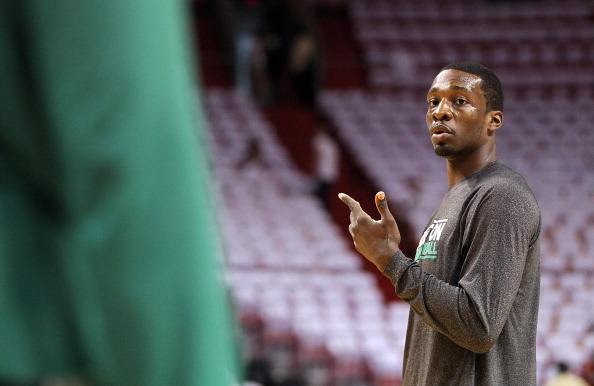 MIAMI, FL - MAY 03: Jeff Green #8 of the Boston Celtics warms up before Game Two of the Eastern Conference Semifinals of the 2011 NBA Playoffs against the Miami Heat at American Airlines Arena on May 3, 2011 in Miami, Florida. NOTE TO USER: User expressly acknowledges and agrees that, by downloading and/or using this Photograph, User is consenting to the terms and conditions of the Getty Images License Agreement.  (Photo by Mike Ehrmann/Getty Images)