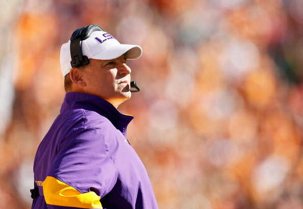 KNOXVILLE, TN - OCTOBER 15:  Les Miles of the LSU Tigers looks on against the Tennessee Volunteers at Neyland Stadium on October 15, 2011 in Knoxville, Tennessee.  (Photo by Kevin C. Cox/Getty Images)