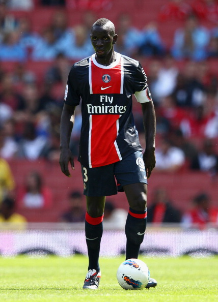LONDON, ENGLAND - JULY 30:  Mamadou Sakho of Paris St Germain with the ball during the Emirates Cup match between New York Red Bulls and Paris St Germain at the Emirates Stadium on July 30, 2011 in London, England.  (Photo by Richard Heathcote/Getty Images)