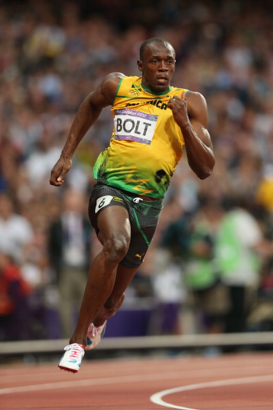 LONDON, ENGLAND - AUGUST 08:  Usain Bolt of Jamaica competes in the Men's 200m Semifinals on Day 12 of the London 2012 Olympic Games at Olympic Stadium on August 8, 2012 in London, England.  (Photo by Clive Brunskill/Getty Images)