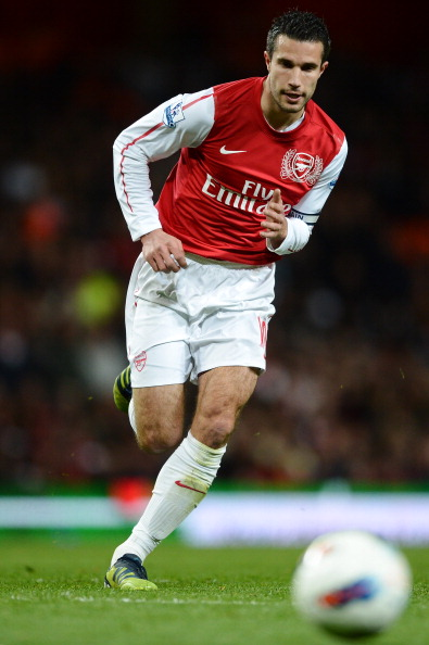 LONDON, ENGLAND - APRIL 16:  Robin van Persie of Arsenal in action during the Barclays Premier League match between Arsenal and Wigan Athletic at Emirates Stadium on April 16, 2012 in London, England.  (Photo by Laurence Griffiths/Getty Images)