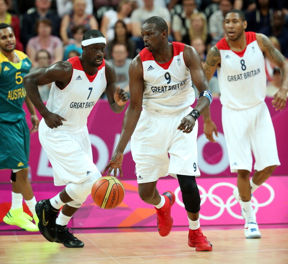 LONDON, ENGLAND - AUGUST 04:  Luol Deng #9 of Great Britain handles the ball during the Men's Basketball Preliminary Round match against Australia on Day 8 of the London 2012 Olympic Games at the Basketball Arena on August 4, 2012 in London, England.  (Photo by Christian Petersen/Getty Images)