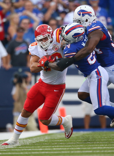 ORCHARD PARK, NY - SEPTEMBER 16: Peyton Hillis #40 of the Kansas City Chiefs carries the ball in an NFL game as Terrence McGee #24 of the Buffalo Bills tackles him at Ralph Wilson Stadium on September 16, 2012 in Orchard Park, New York. (Photo by Tom Szczerbowski/Getty Images)