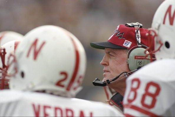 28 Oct 1995: Coach Tom Osborne of the Nebraska Cornhuskers stands around with his players during a game against the Colorado Buffaloes at Folsom Field in Boulder, Colorado. Nebraska won the game 44-21.