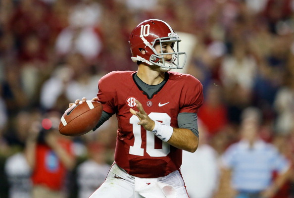 TUSCALOOSA, AL - SEPTEMBER 29:  AJ McCarron #10 of the Alabama Crimson Tide looks to pass against the Mississippi Rebels at Bryant-Denny Stadium on September 29, 2012 in Tuscaloosa, Alabama.  (Photo by Kevin C. Cox/Getty Images)