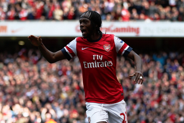 LONDON, ENGLAND - SEPTEMBER 29:  Arsenal's Gervinho celebrates scoring their first goal of the match during the Barclays Premier League match between Arsenal and Chelsea at Emirates Stadium on September 29, 2012 in London, England.  (Photo by Richard Heathcote/Getty Images)