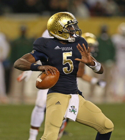 CHICAGO, IL - OCTOBER 06: Everett Golson #5 of the Notre Dame Fighting Irish passes against the Miami Hurricanes at Soldier Field on October 6, 2012 in Chicago, Illinois. (Photo by Jonathan Daniel/Getty Images)
