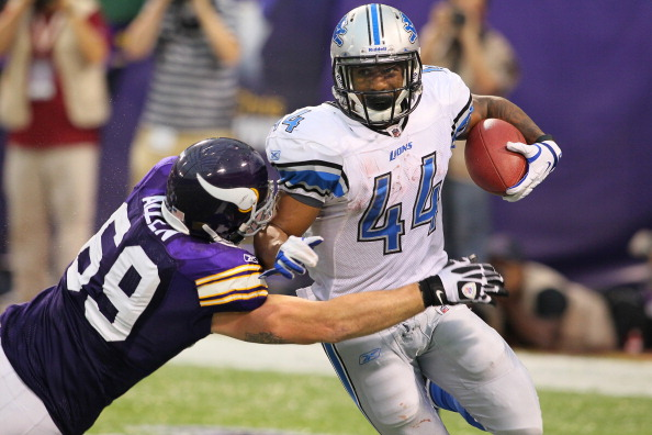 MINNEAPOLIS, MN - SEPTEMBER 25:  Jared Allen #69 of the Minnesota Vikings tackles Jahvid Best #44 of the Detroit Lions late in the game at the Hubert H. Humphrey Metrodome on September 25, 2011 in Minneapolis, Minnesota.  (Photo by Adam Bettcher /Getty Images)