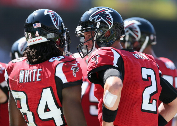 SAN DIEGO, CA - SEPTEMBER 23:  Wide receiver Roddy White #84 and quarterback Matt Ryan #2 of the Atlanta Falcons talk in the huddle against the San Diego Chargers at Qualcomm Stadium on September 23, 2012 in San Diego, California.  (Photo by Jeff Gross/Getty Images)