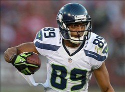 Oct 18, 2012; San Francisco, CA, USA; Seattle Seahawks receiver Doug Baldwin (86) carries the ball against the San Francisco 49ers at Candlestick Park. Mandatory Credit: Kirby Lee/Image of Sport-US PRESSWIRE