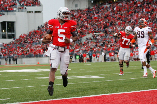 COLUMBUS, OH - NOVEMBER 03:  Braxton Miller #5 of the Ohio State Buckeyes runs the ball in for a touchdown against the Illinois Illini on November 3, 2012 at Ohio Stadium in Columbus, Ohio. Ohio State defeated Illinois 52-22. (Photo by Kirk Irwin/Getty Images)