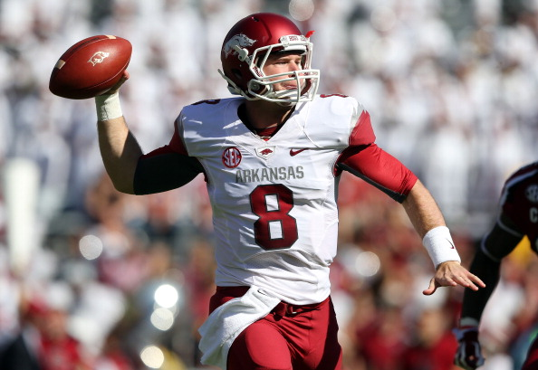 COLUMBIA, SC - NOVEMBER 10:  Tyler Wilson #8 of the Arkansas Razorbacks drops back to pass against the South Carolina Gamecocks during their game at Williams-Brice Stadium on November 10, 2012 in Columbia, South Carolina.  (Photo by Streeter Lecka/Getty Images)