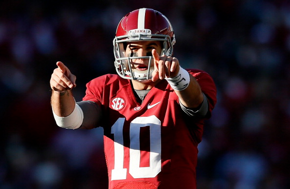 TUSCALOOSA, AL - NOVEMBER 24:  AJ McCarron #10 of the Alabama Crimson Tide calls out the Auburn Tigers defense at Bryant-Denny Stadium on November 24, 2012 in Tuscaloosa, Alabama.  (Photo by Kevin C. Cox/Getty Images)