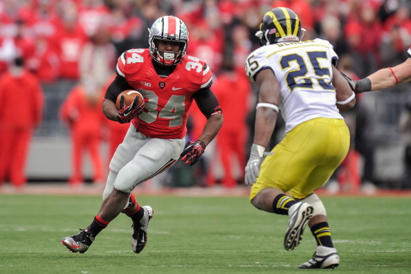 COLUMBUS, OH - NOVEMBER 24: Carlos Hyde #34 of the Ohio State Buckeyes runs with the ball against the Michigan Wolverines at Ohio Stadium on November 24, 2012 in Columbus, Ohio. (Photo by Jamie Sabau/Getty Images)