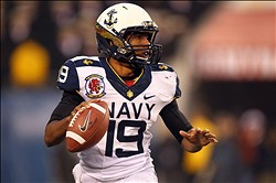 Dec 8 2012; Philadelphia, PA, USA; Navy Midshipmen quarterback Keenan Reynolds (19) looks to pass during the first half against the Army Black Knights at Lincoln Financial Field. Mandatory Credit: Danny Wild-USA TODAY Sports