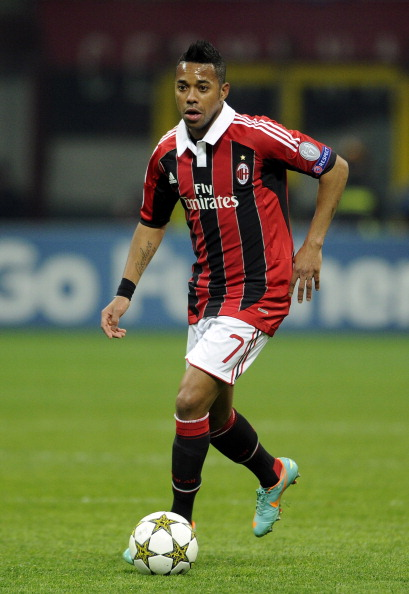 MILAN, ITALY - DECEMBER 04:  Robinho of AC Milan in action during the UEFA Champions League group C match between AC Milan and Zenit St Petersburg at San Siro Stadium on December 4, 2012 in Milan, Italy.  (Photo by Claudio Villa/Getty Images)