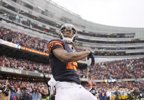 CHICAGO, IL - DECEMBER 16:  Brandon Marshall #15 of the Chicago Bears reacts after scoring a touchdown against the Green Bay Packers on December 16, 2012 at Soldier Field in Chicago, Illinois. (Photo by David Banks/Getty Images)