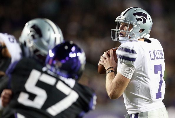 FORT WORTH, TX - NOVEMBER 10:  Collin Klein #7 of the Kansas State Wildcats throws against the TCU Horned Frogs at Amon G. Carter Stadium on November 10, 2012 in Fort Worth, Texas.  (Photo by Ronald Martinez/Getty Images)