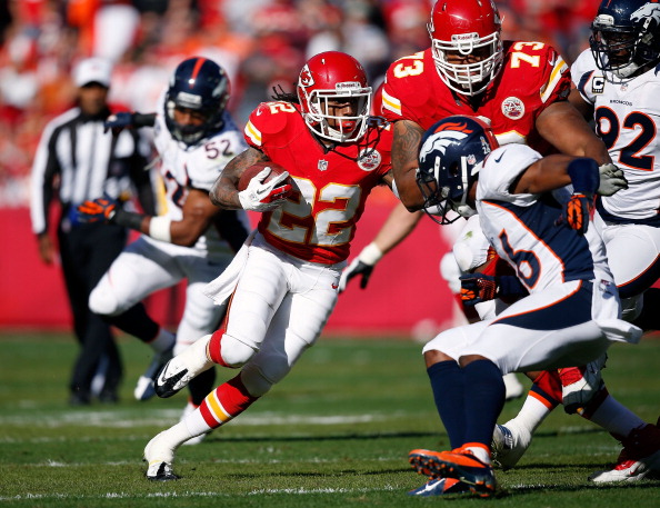 KANSAS CITY, MO - NOVEMBER 25:  Wide receiver Dexter McCluster #22 of the Kansas City Chiefs in action during the game against the Denver Broncos at Arrowhead Stadium on November 25, 2012 in Kansas City, Missouri.  (Photo by Jamie Squire/Getty Images)
