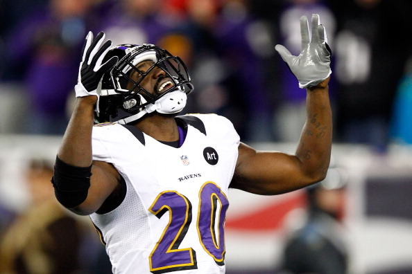 FOXBORO, MA - JANUARY 20:  Ed Reed #20 of the Baltimore Ravens reacts after a play late in the game against the New England Patriots during the 2013 AFC Championship game at Gillette Stadium on January 20, 2013 in Foxboro, Massachusetts.  (Photo by Jared Wickerham/Getty Images)