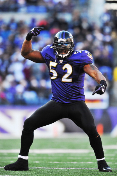 BALTIMORE - DECEMBER 24:  Ray Lewis #52 of the Baltimore Ravens dances during a timeout against the Cleveland Browns at M&T Bank Stadium on December 24, 2011 in Baltimore, Maryland. The Ravens defeated the Browns 20-14. (Photo by Larry French/Getty Images)