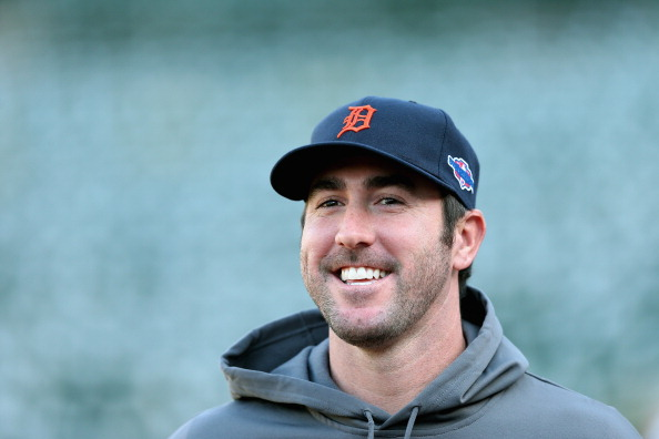 OAKLAND, CA - OCTOBER 10:  Justin Verlander #35 of the Detroit Tigers stands on the field during batting pracitce before their game against the Oakland Athletics in Game Four of the American League Division Series at Oakland-Alameda County Coliseum on October 9, 2012 in Oakland, California.  (Photo by Ezra Shaw/Getty Images)