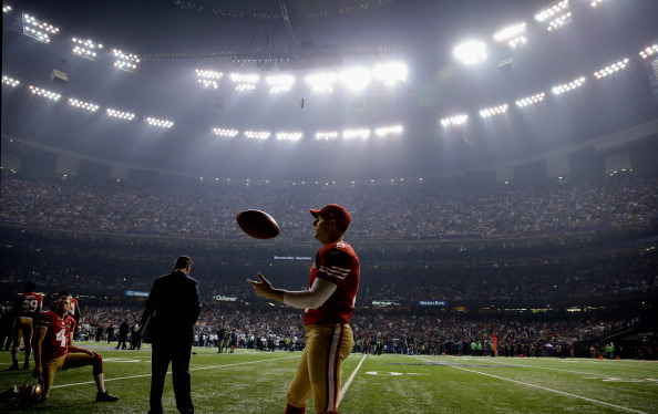 NEW ORLEANS, LA - FEBRUARY 03:  David Akers #2 of the San Francisco 49ers waits during a power outage that occurred in the third quarter that caused a 34-minute delay during Super Bowl XLVII against the Baltimore Ravens at the Mercedes-Benz Superdome on February 3, 2013 in New Orleans, Louisiana.  (Photo by Ezra Shaw/Getty Images)