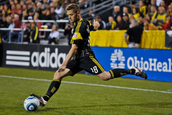 COLUMBUS, OH - SEPTEMBER 24:  Robbie Rogers #18 of the Columbus Crew controls the ball against the Los Angeles Galaxy on September 24, 2011 at Crew Stadium in Columbus, Ohio.   (Photo by Jamie Sabau/Getty Images)