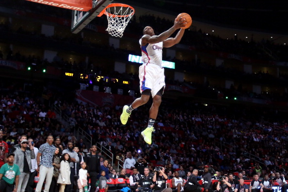 HOUSTON, TX - FEBRUARY 16:  Eric Bledsoe of the Los Angeles Clippers dunks the ball in the second round during the Sprite Slam Dunk Contest part of 2013 NBA All-Star Weekend at the Toyota Center on February 16, 2013 in Houston, Texas. NOTE TO USER: User expressly acknowledges and agrees that, by downloading and or using this photograph, User is consenting to the terms and conditions of the Getty Images License Agreement.  (Photo by Ronald Martinez/Getty Images)