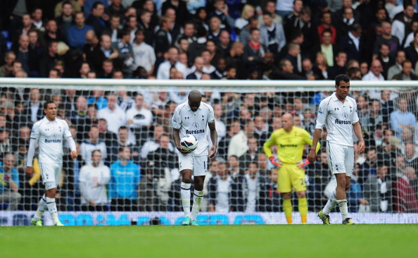 LONDON, ENGLAND - OCTOBER 20:  William Gallas of Tottenham Hotspur is dejected after they concede a goal during the Barclays Premier League match between Tottenham Hotspur and Chelsea at White Hart Lane on October 20, 2012 in London, England.  (Photo by Shaun Botterill/Getty Images)