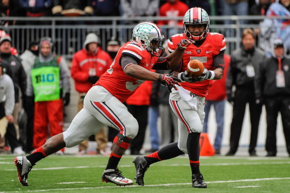 COLUMBUS, OH - NOVEMBER 24: Quarterback Braxton Miller #5 of the Ohio State Buckeyes hands off the ball to Carlos Hyde #34 of the Ohio State Buckeyes against the Michigan Wolverines at Ohio Stadium on November 24, 2012 in Columbus, Ohio. (Photo by Jamie Sabau/Getty Images)
