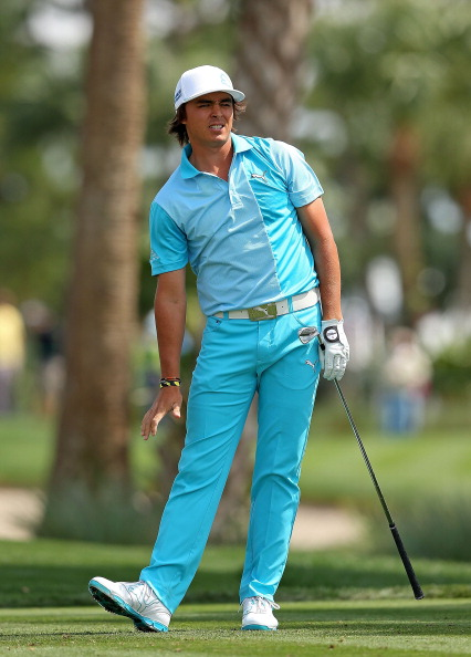 PALM BEACH GARDENS, FL - MARCH 02:  Rickie Fowler hits his tee shot on the  seventh hole during the third round of the Honda Classic at PGA National Resort and Spa on March 2, 2013 in Palm Beach Gardens, Florida.  (Photo by Mike Ehrmann/Getty Images)