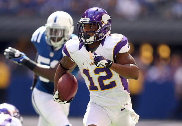 INDIANAPOLIS, IN - SEPTEMBER 16:  Percy Harvin #12 of the Minnesota Vikings runs with the ball during the NFL game against the Indianapolis Colts at Lucas Oil Stadium on September 16, 2012 in Indianapolis, Indiana.  (Photo by Andy Lyons/Getty Images)