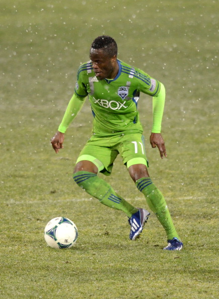 TUCSON, AZ - FEBRUARY 20:  Steve Zakuani #11 of the Seattle Sounders brings the ball up field against the New York Red Bulls at Kino Sports Complex on February 20, 2013 in Tucson, Arizona.  (Photo by Norm Hall/Getty Images)