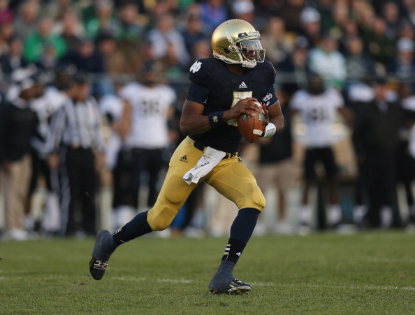 SOUTH BEND, IN - NOVEMBER 17:  Everett Golson #5 of the Notre Dame Fighting Irish passes against the Wake Forest Demon Deacons at Notre Dame Stadium on November 17, 2012 in South Bend, Indiana. Notre Dame defeated Wake Forest 38-0.  (Photo by Jonathan Daniel/Getty Images)