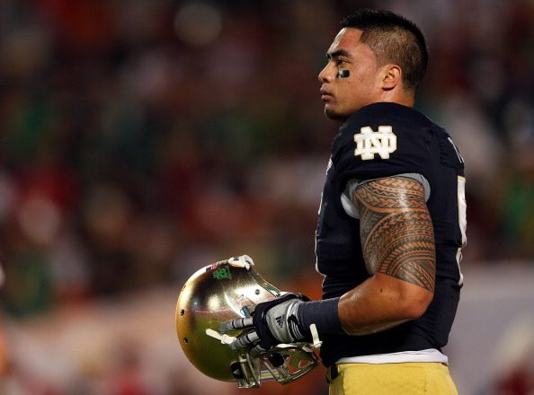 MIAMI GARDENS, FL - JANUARY 07:  Manti Te'o #5 of the Notre Dame Fighting Irish warms up prior to playing against the Alabama Crimson Tide in the 2013 Discover BCS National Championship game at Sun Life Stadium on January 7, 2013 in Miami Gardens, Florida.  (Photo by Mike Ehrmann/Getty Images)
