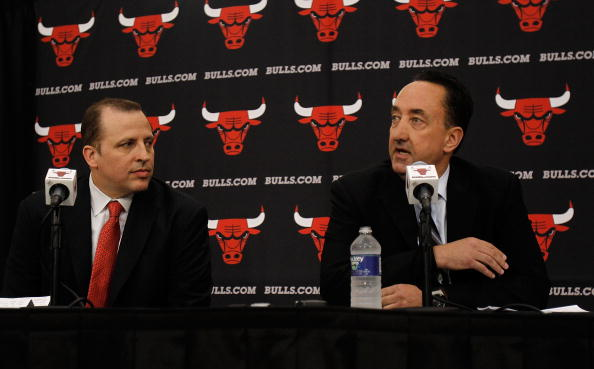 DEERFIELD, IL - JUNE 23: General Manager Gar Forman of the Chicago Bulls (L) announces that Tom Thibodeau, formally an assistant coach with the Boston Celtics, will become the new head coach of the Bulls during a press conference at the Berto Center practice facility on June 23, 2010 in Deerfield, Illinois. NOTE TO USER: User expressly acknowledges and agrees that, by downloading and/or using this Photograph, User is consenting to the terms and conditions of the Getty Images License Agreement. (Photo by Jonathan Daniel/Getty Images)